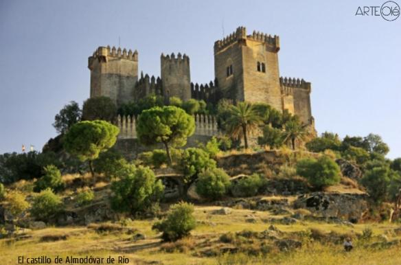 el-castillo-de-almodc3b3var-de-rc3ado